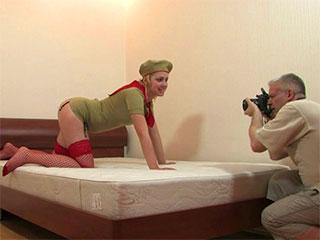 Le Porno cadet Hd à Khondo le Ksksks Seksparti Porna Libre Fou (jeune, le film, la fille)