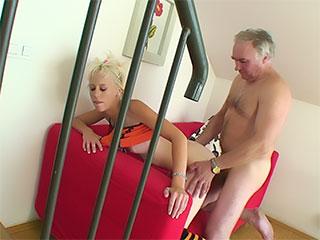 Banyoda, Male Nude Teens Girl.